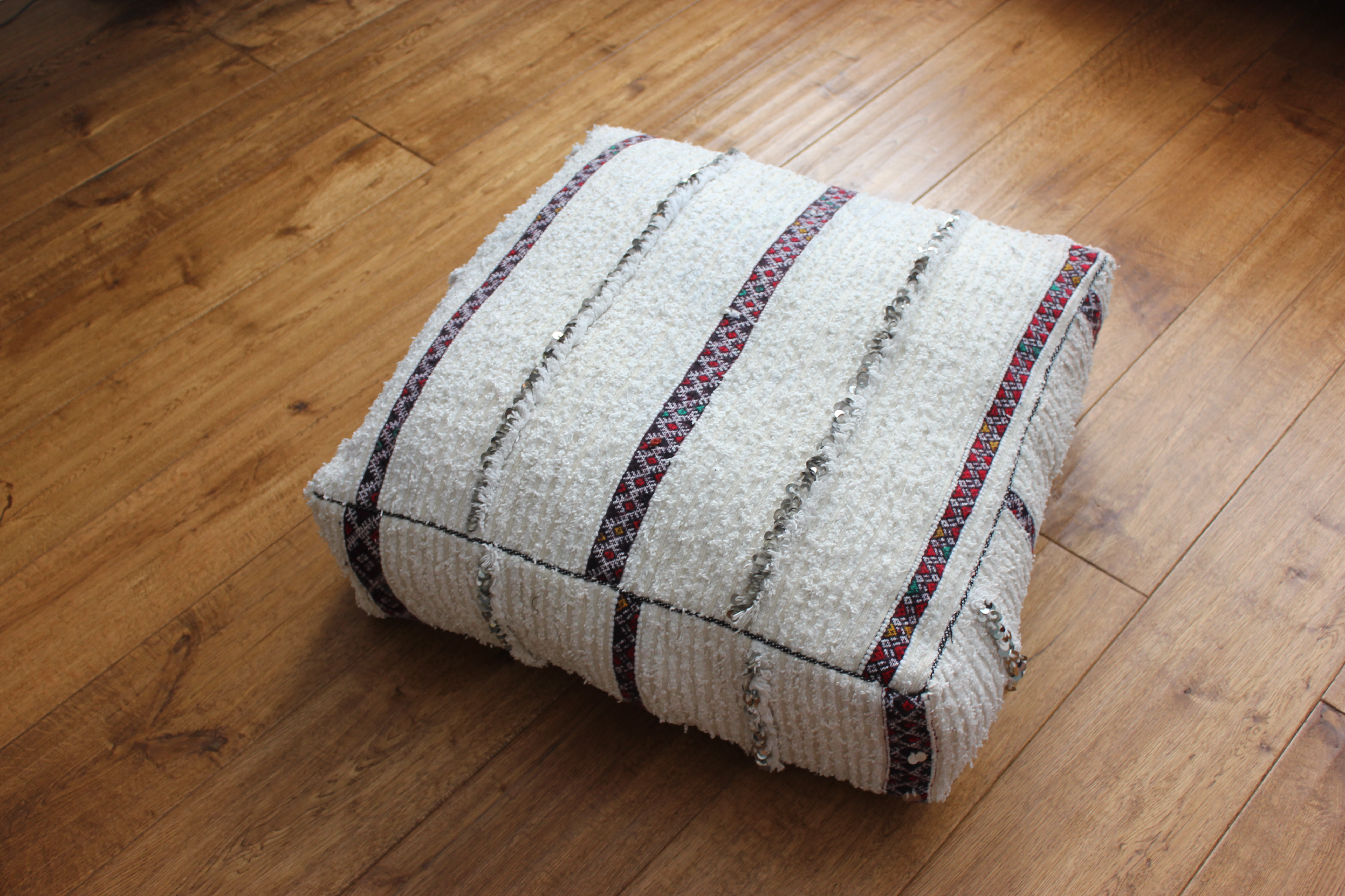 of great interior touch moroccan made to is vintage gives your pillow lovely accessory x as chic bohemian att it pillows photo a floor kilim cushion
